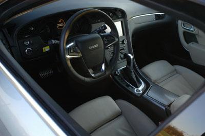 Saab 9-5, Cockpit, Armaturenbrett