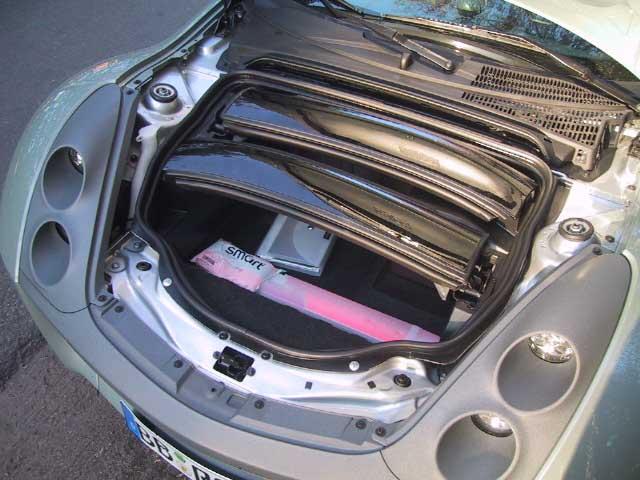 Smart Roadster Coupe, Kofferraum, Dachpfosten