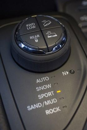 Cherokee 2014: offroad Schalter, 4WD, snow, mud