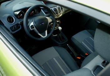 Ford Fiesta Turbodiesel Test: Cockpit, Sitze
