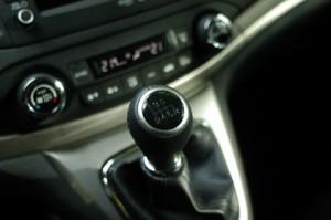 CR-V 2.2i CTDi Diesel 4WD Test: Schaltung, Schaltgetriebe