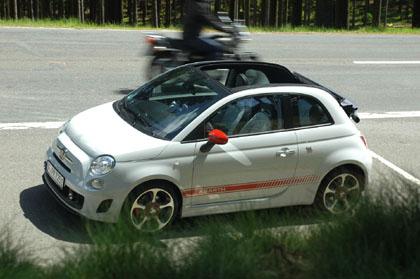 Abarth 500C im Test: Cabriodach, Dach, Verdeck, Stoffdach, Cinquecento Cabrio