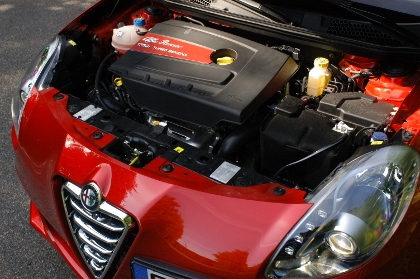 Alfa Giulietta QV Test: Motor, engine, 235 PS, 235 hp Turbo, Turbomotor