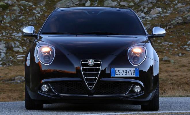 Alfa MiTo 0.9 Fahrbericht: Frontpartie, Grill, Scudetto, Kühlregrill, Motorhaube, Scheinwerfer, Nebelleuchten