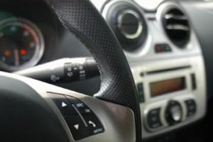 Alfa Romeo MiTo Diesel: Cockpit, Lenkrad, Lederlenkrad
