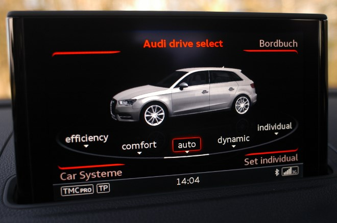 Audi S3 Sportback: Monitor, Display, comfort, dynamic