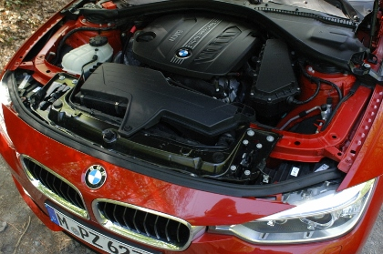 BMW 320d Kombi Test: Motor, 2.0 Diesel, Zweiliter Dieselmotor