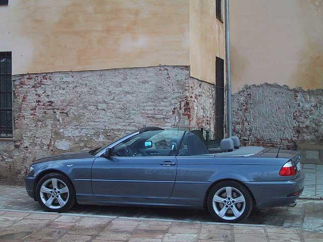 BMW 330 Ci Cabrio Test: Dach geöffnet, offen, Seitenansicht