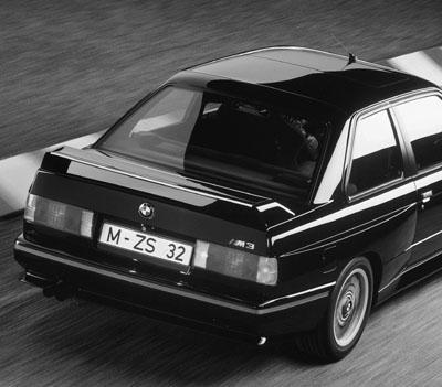 BMW M3 E30 Test: Heck, Heckspoiler, Sondermodell, schwarz
