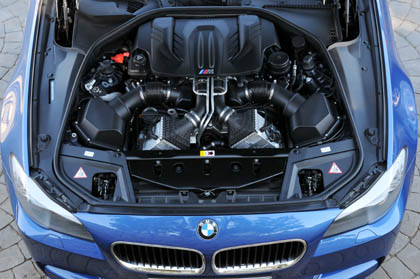 BMW M5: 560 PS Motor,V8, engine