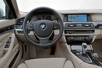 Neuer BMW 5er Test: Cockpit, Lenkrad, Schaltung, Monitor, Sitze