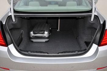 Neuer BMW 5er: Kofferraum, Ladekante, Ladebreite, trunk, boot