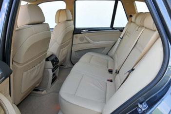 BMW X5 Diesel: Innenraum, interior, hinten sitzen, Rückbank, Rücksitzbank