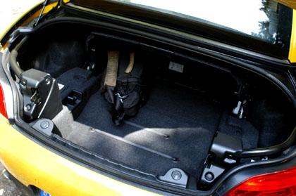 BMW Z4 35i: Kofferraum, trunk, boot