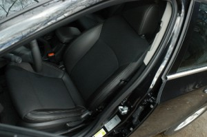 Chevrolet Cruze Stationwagon Test: Sitze, Vordersitze