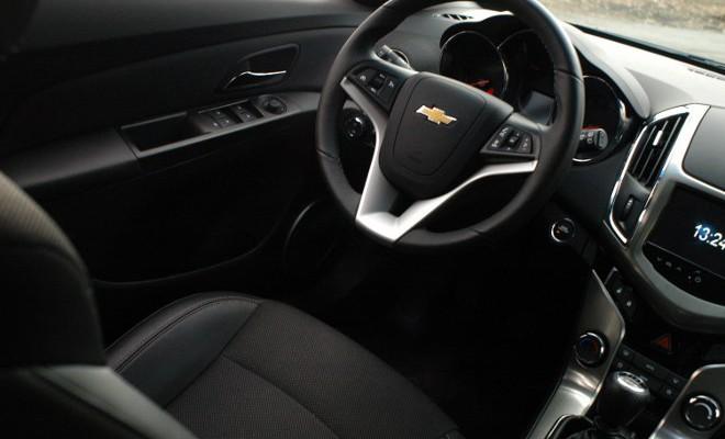 chevrolet cruze sw 2 0td diesel test automobil. Black Bedroom Furniture Sets. Home Design Ideas