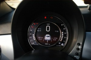 Fiat 500 Diesel Test: Cockpit, 95 PS Motor