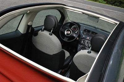 Fiat 500C 1.2: Dach, Cockpit, Lenkrad
