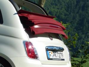 Fiat 500C: Cabriodach, Stoffdach gefaltet, Heck