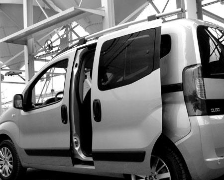 Fiat Qubo Diesel Test: doors, Schiebetüren