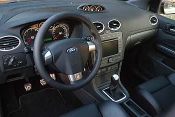 Ford Focus ST Cockpit, Armaturenbrett