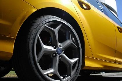 Ford Focus ST im Test: Felgen, Leichtmetallfelgen, Felge