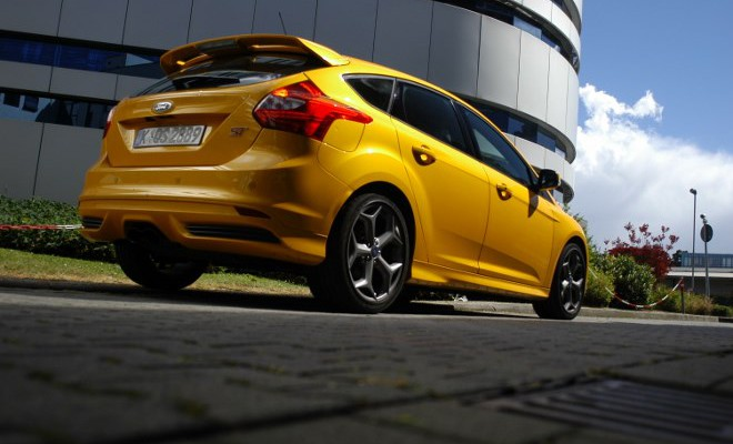 ford focus st im test automobil. Black Bedroom Furniture Sets. Home Design Ideas
