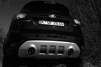 Ford Kuga mit Dieselmotor: Testbericht, Heck, Auspuff, Diffusor