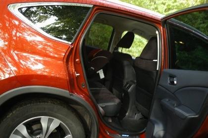 Honda CR-V 4WD Test: hinten sitzen, Einstieg