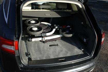 Jaguar XF Kombi: Kofferraum, trunk, boot, laden, beladen