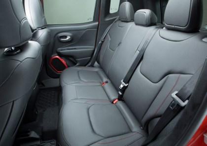 Jeep Renegade 2014 Test: hinten sitzen