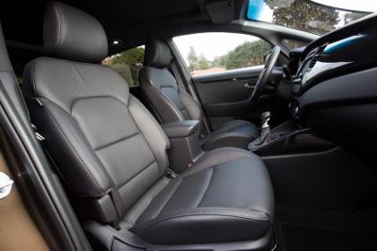 Kia Carens: Innenraum, interior, Sitze, Ledersitze