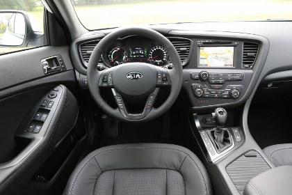 Kia Optima Hybrid: innenraum, interior, Cockpit, Lenkrad