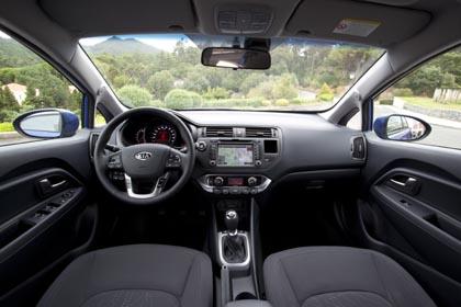 Kia Rio: Cockpit, interior, innenraum