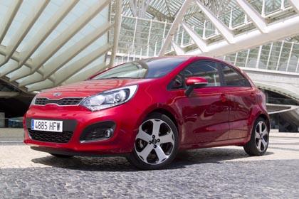 Kia Rio Diesel Test: rot, vorne, seite