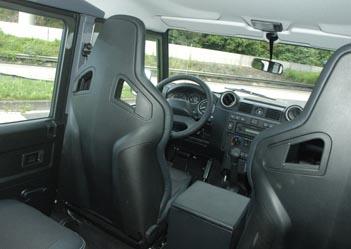 Land Rover Defender, Innenraum, Sitze