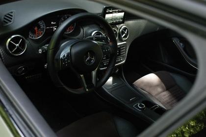 Mercedes A250 Sport: Cockpit