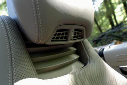 Mercedes E-Klasse Cabrio: airscarf