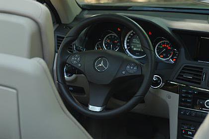 Mercedes E-Klasse Cabrio: Cockpit