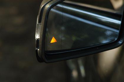Mercedes E-Klasse Cabrio: Totwinkelwarner