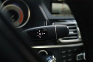 Mercedes E300 Hybrid: Automatik, Lenkradschaltung