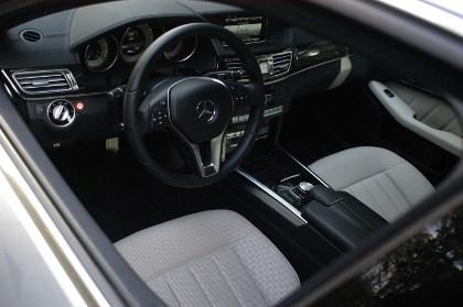 Mercedes E-Klasse Hybrid: Cockpit