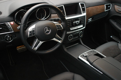 Mercedes ML350 Test: Cockpit