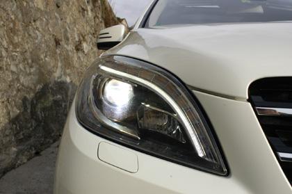 Mercedes ML350 Test: Scheinwerfer