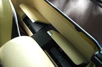 Mercedes SL 350 Test: Ablagen