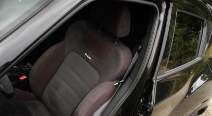 Nissan Juke Nismo Test: Sitze