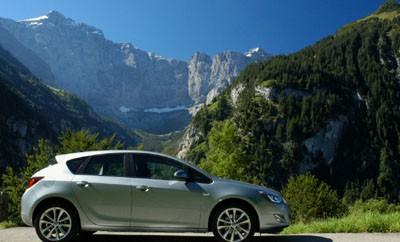 Opel Astra 2.0 CDTI Test