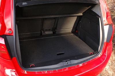 Opel Meriva: Kofferraum, trunk, boot
