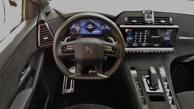 DS7 SUV Armaturenbrett und Cockpit