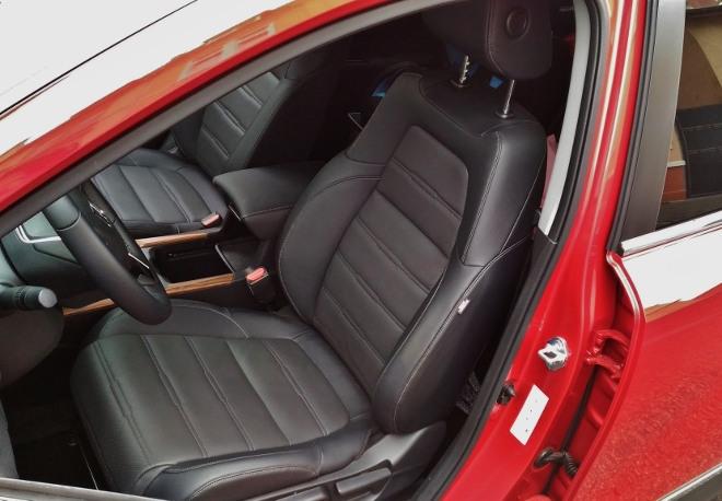 Honda CR-V Vordersitze mit schwarzem Lede